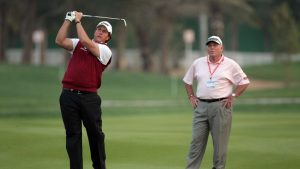 Phil Leaves Butch Harmon in a real classy way - Check this out!