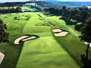 Hole by hole flyover of the US Open venue Oakmont CC.